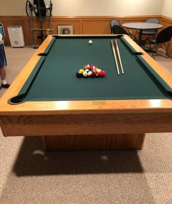 Olhausen Pool Table 8' Oak